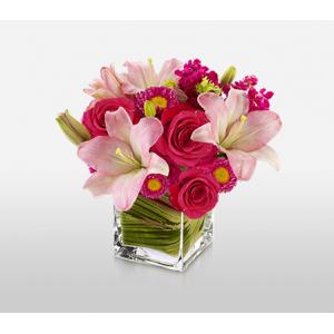 Get $10 off Manhattan Sunrise Complimentary Vase