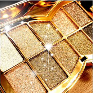 10 Colors Diamond Eyeshadow Eye Shadow Palette Makeup Cosmetic Brush Set At $1.99(ebay.com)